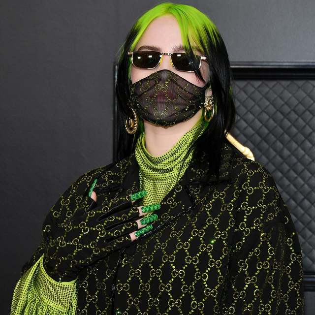 billie-eilish-gucci-outfit-grammys-2020.jpg