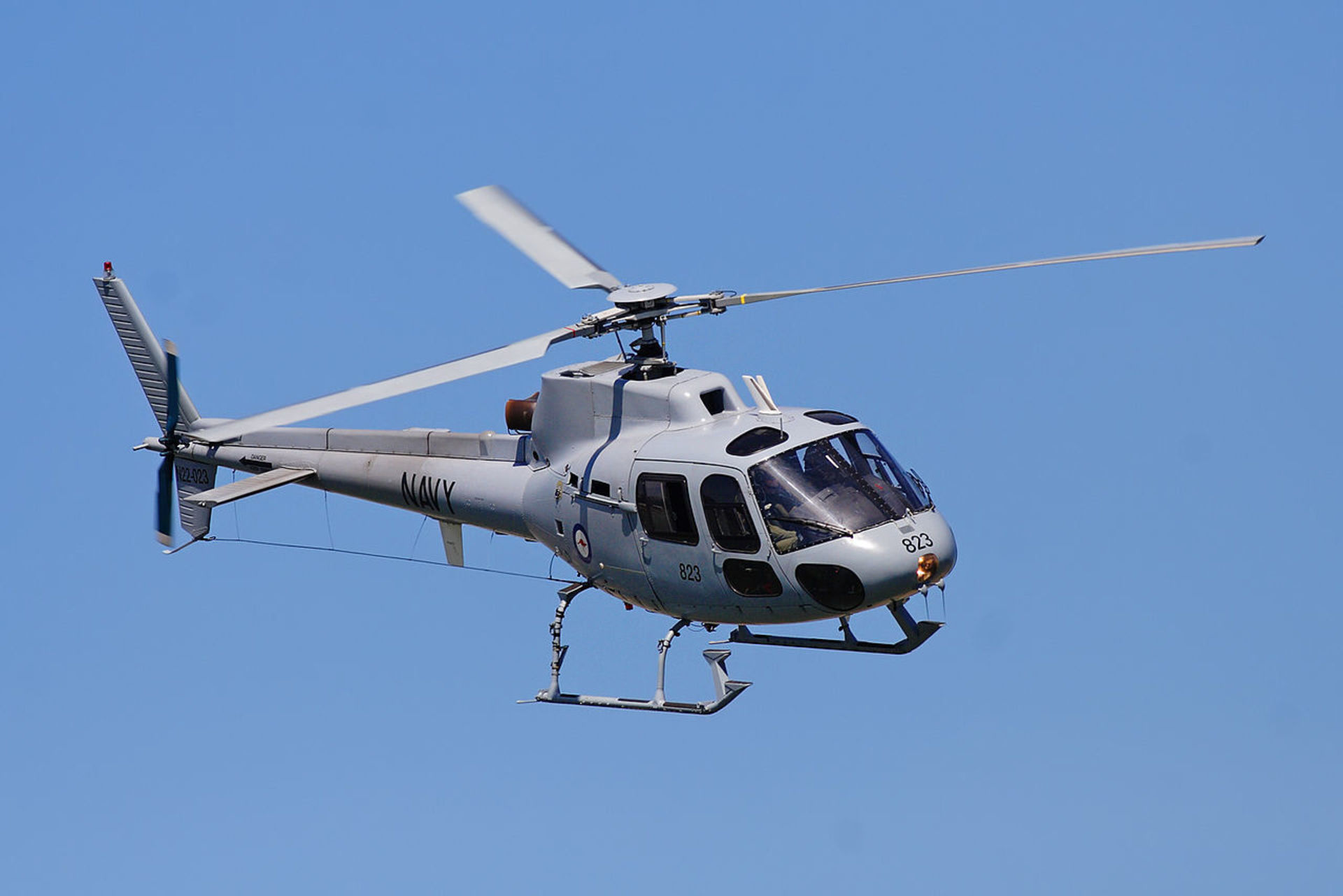 1280px-RAN_squirrel_helicopter_at_melb_GP_08.jpg